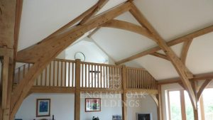 Oak house extension, sling brace truss