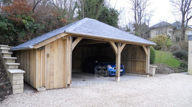 oak-frame-garage-with-hipped-cat-slide-roof-755x424-2